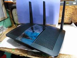Router Linksys EA7300 AC1750 Max-Stream