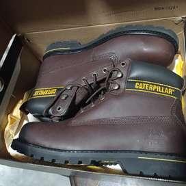 Vendo zapato cat original talla 42 ( 350 soles )