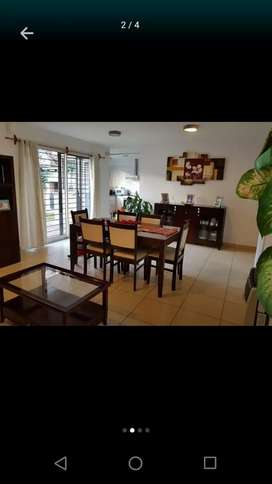 Alquilo excelente Duplex 3 dormitorios 2 baños Dueño urca