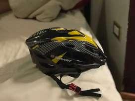 Casco para ciclista marca Smart
