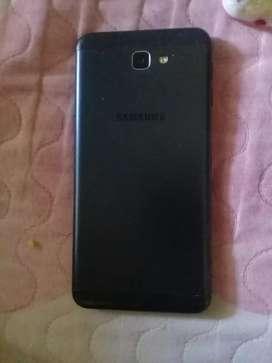 Se vende samsung Galaxy j7 en buen estado 350