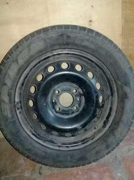 Vendo rueda armada