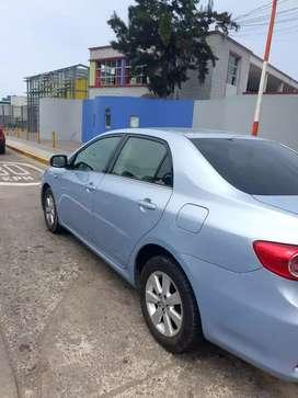 Auto toyota corolla 2011, automático, con gasolina y glp casi nuevo, color celeste,.