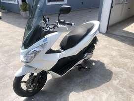 Honda pcx150 excelente estado