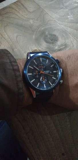 Reloj análogo marca G_FRC original,todo funcional