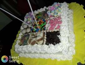 Realizó tortas con anticipación
