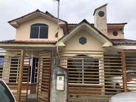 Vendo casa en Gualaquiza