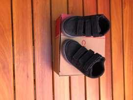 Botas Cheeky bebé color negro perfecto estado