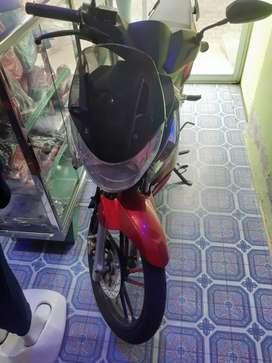 Vendo moto mecaniza 125