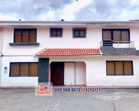 Elegante casa de venta, sector Bocatti, Cuenca, C584