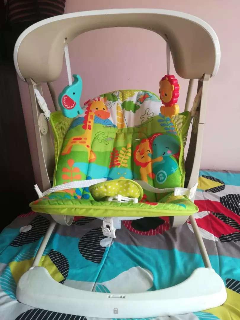 Mesedora para bebé en perfecto estado en perfecto estado musical para dormir a tu bebé 0