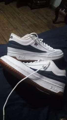 Vendo zapatos nuevos de almacen...Fila talla 40 Originales