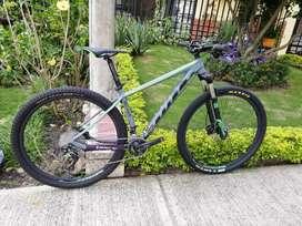 Bicicleta Scott Scale 960 M