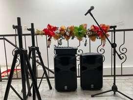 Yamaha 600i Portable Cabinas Sonido Activa 10 Canales Usb Spx