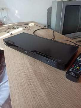 BLU RAY DISC REF. BD550 Marca LG