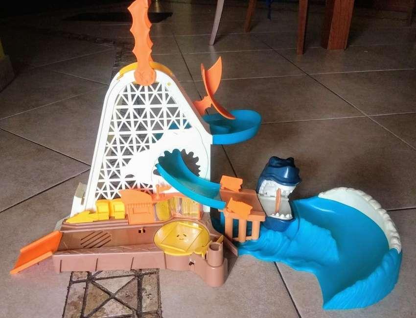 Hotweels Shark Playset 0