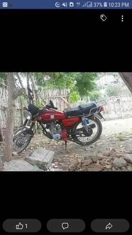 Vendo moto expres al dia