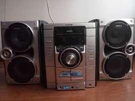 Equipo de sonido marca Sony120