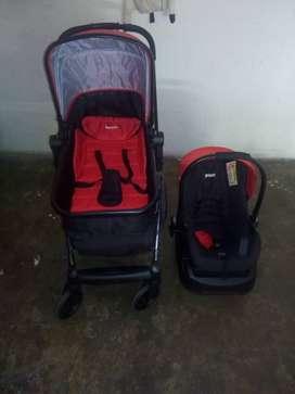 Vendo coche y Porta bebés marca Priori.!