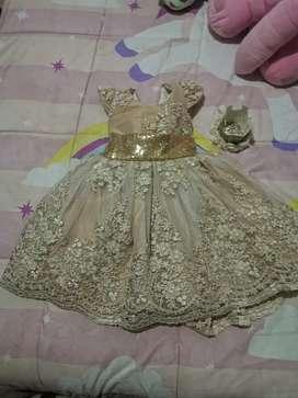Se vende hermoso vestido de lujo