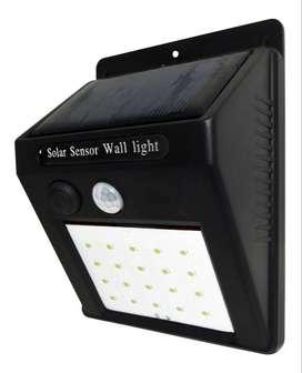 Luz Exterior Solar De 20 Leds Para Jardines Parques Garages