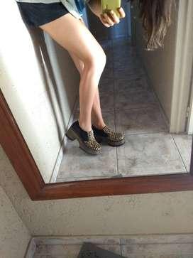 Zapatos cerrados con plataforma