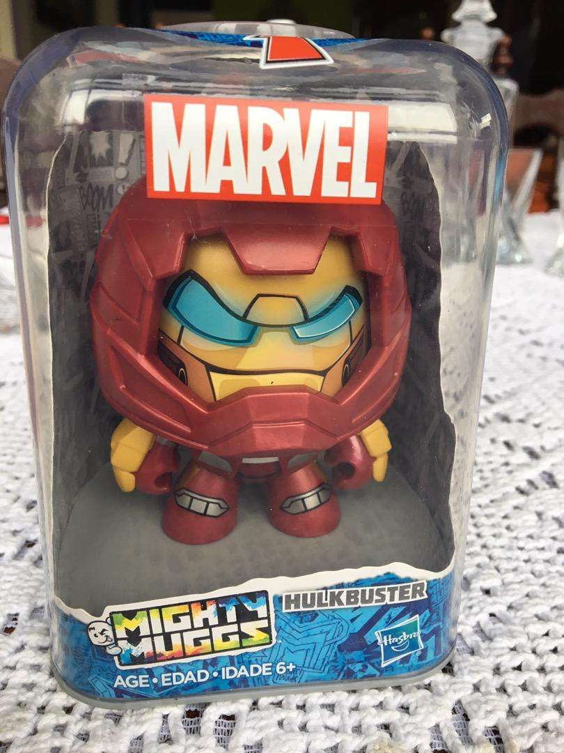 Hulkbuster marvel mighty muggs hasbro 0
