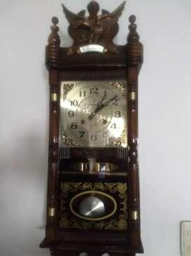 Vendo reloj antiguo marca Barack