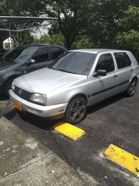 Vendo Volkswagen golf Manhattan modelo 96