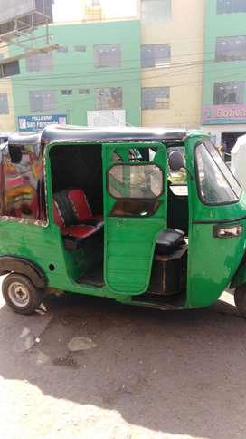 Se vende moto taxi
