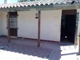 Dueño vende o permuta urgente casa