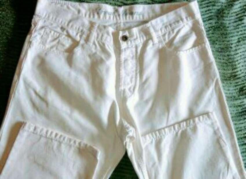 Vendo Vroal Jeans T: 42 0