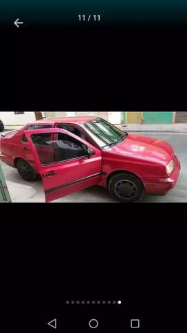 Vendo Volkswagen Vento 95