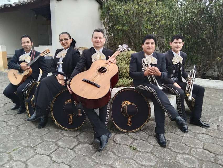 Mariachis en el valle de los Chillos Sangolquí Conocoto 0
