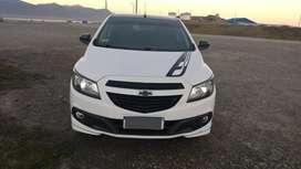 VENDO Chevrolet Onix Effect 1.4 2016 41mil km