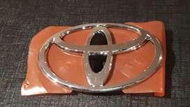 Insigna Toyota