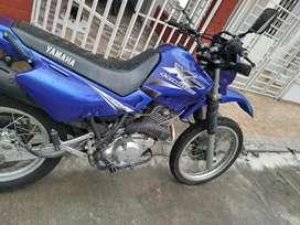 Se vende moto XT 600 en muy buen estado