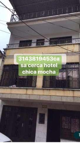 Casa 3 pisos oprtunidad