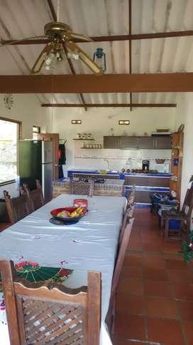 Se arrienda casa finca para estancias temporales y vacacionales, en conjunto cerrado con piscina