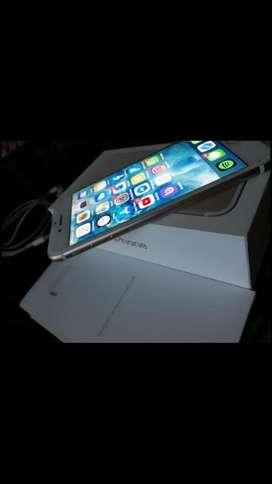 iPhone 7 gold pantalla rajada no afecta para nada unico dueño nunca se toco nada. !!