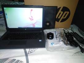 Laptop hp 240