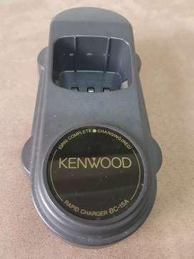 Cargador de mesa para radiotelefono Kenwood BC-15A