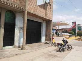 LOCAL AMPLIO, CON GRANDES VENTANAS, CON BUENOS ACABADOS, CON BAÑO Y LAVADERO, UBICADO EN PLENA AVENIDA.