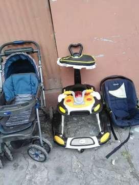 Combo :Andador, coche y porta bebé