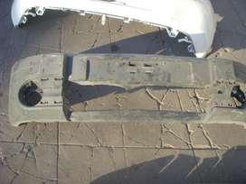 repuesto renault, paragolpe delantero original renault kangoo usado muy bueno..