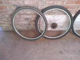 Vendo dos ruedas completas rodado 24 las dos por 700 pesos