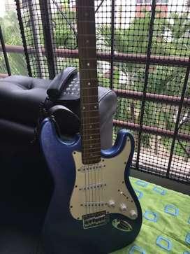 Vendo Guitarra Electrica + amplificador