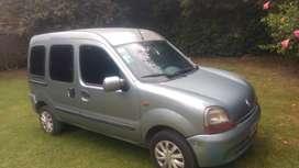 Renault Kangoo 1.9 Diesel. Año 2000 .Portón lateral .Vidriada .Asiento trasero