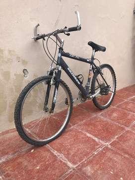 Bicicleta Skinred R26
