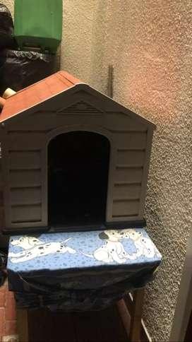 Casa para perro marca Rimax